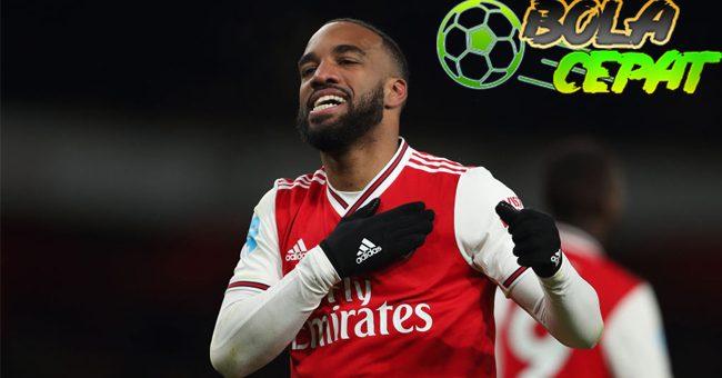 Lacazette Minta Jaminan Masa Depan di Arsenal
