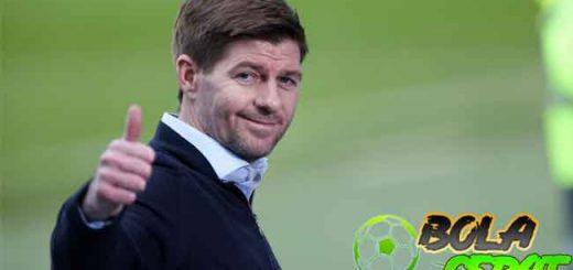 Steven Gerrard Diklaim Bisa Jadi Pelatih Terhebat Britania Raya Sejak Sir Alex Ferguson