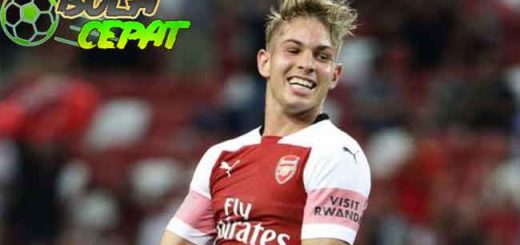 Mikel Arteta Pastikan Smith Rowe Bertahan di Arsenal